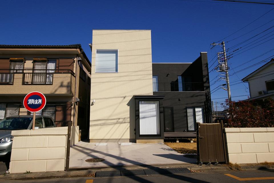 J House / J邸