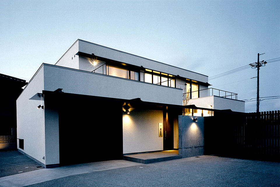 Y House / Y邸